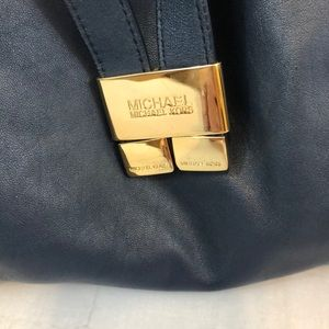 Michael Kors Bags - Michael Kors Over The Shoulder Purse Soft Leather